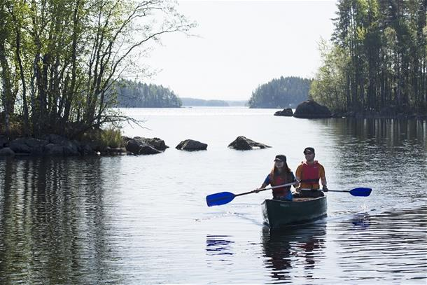 Paddling excursion in Linnansaari National Park