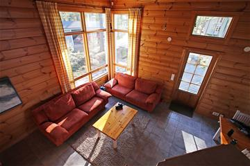 Oravi villa living room2.jpg